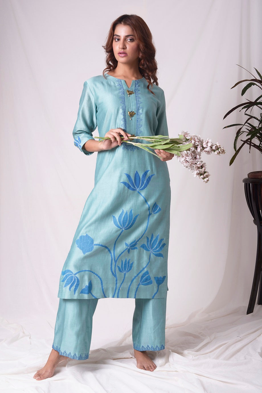 Buy aqua blue chanderi suit online in USA. Be the talk of parties and weddings with exquisite designer gowns, sharara suits, Anarkali suits, salwar suits from Pure Elegance Indian clothing store in USA. Shop online now.-full view