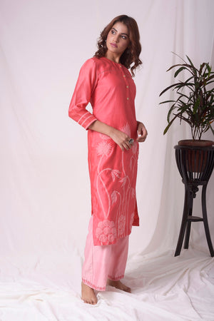 Buy stunning tomato red chanderi suit online in USA with organza patching. Be the talk of parties and weddings with exquisite designer dresses, sharara suits, Anarkali suits, salwar suits from Pure Elegance Indian clothing store in USA. Shop online now.-full view-4