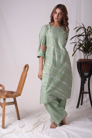 Green Chanderi With Paat Work Suit Online in USA-full view-2