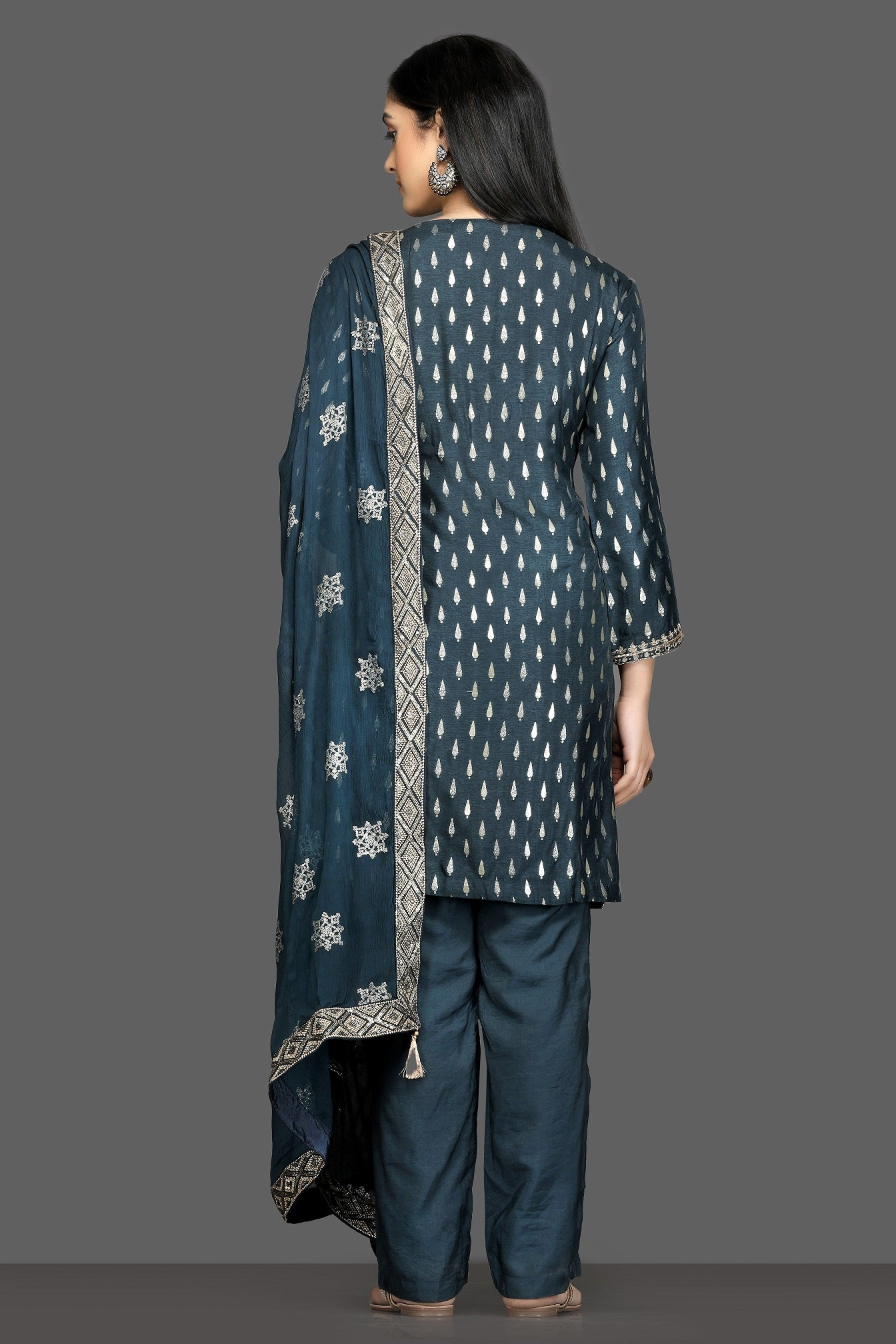 Shop stunning blue embroidered pant suit online in USA with embroidered dupatta. Dazzle on weddings and special occasions with exquisite Indian designer dresses, sharara suits, Anarkali suits, bridal lehegas from Pure Elegance Indian fashion store in USA.-back