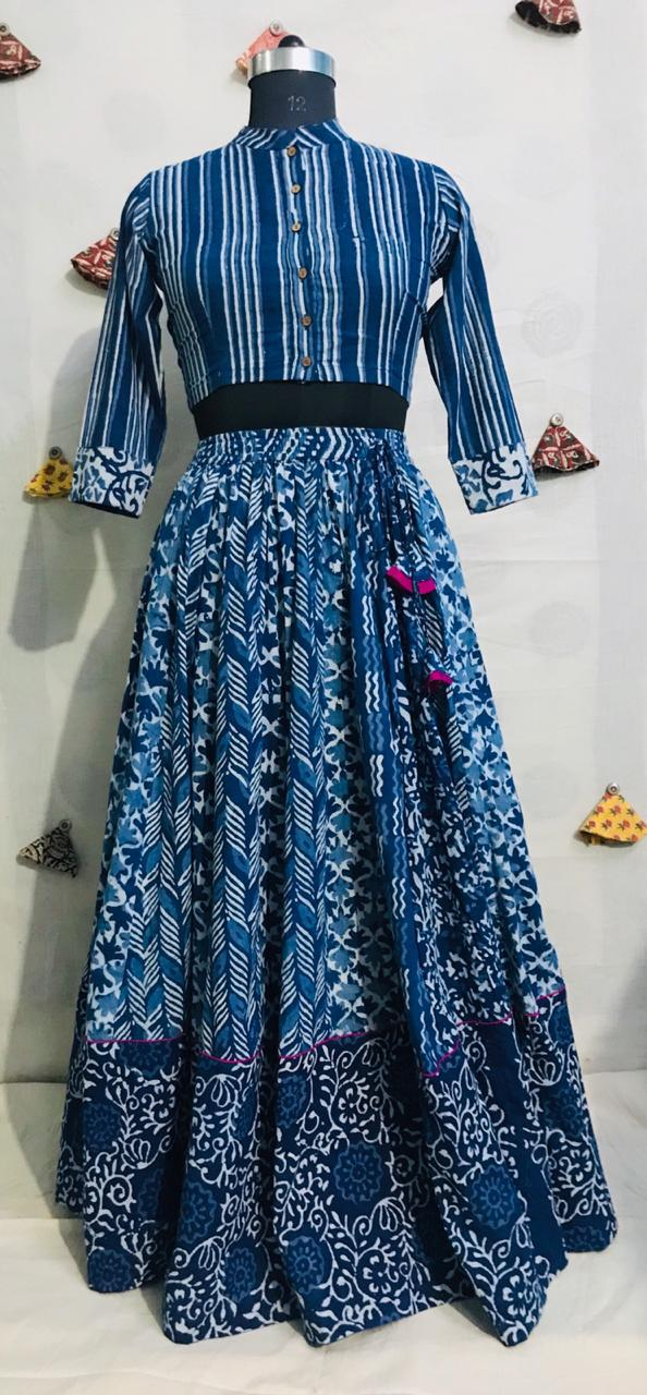 Shop gorgeous blue Bagru print cotton skirt set online in USA. Elevate your ethnic style with a tasteful collection of designer Anarkali, designer salwar suits, Indian lehengas, sharara suits from Pure Elegance Indian clothing store in USA.-full view