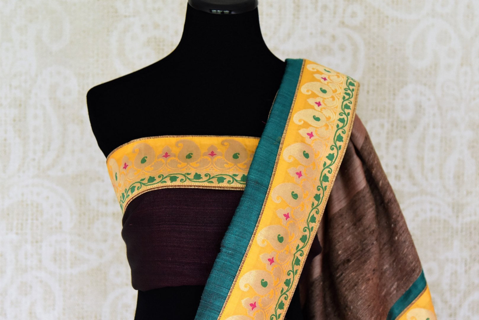 Buy blue and green Pashmina saree online in USA with khaddi Banarasi border from Pure Elegance online store. Visit our exclusive Indian clothing store in USA and get floored by a range of exquisite Indian Kanjivaram saris, Banarasi sarees, silk sarees, Indian jewelry and much more to complete your ethnic look.-blouse pallu