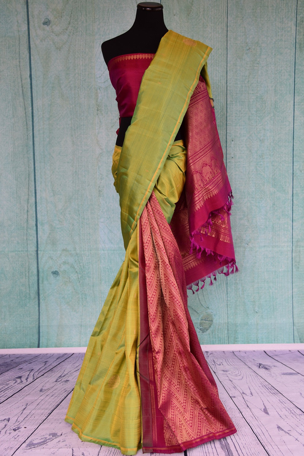 90D412 South Indian kanjivaram saree that will be a versatile addition to your Indian clothing collection. Buy this green and pink saree online in USA at our ethnic fashion store - Pure Elegance.