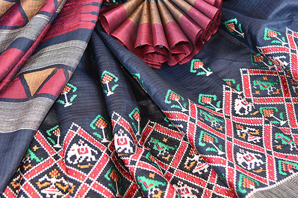 Black gadhwal silk with different color thread work embroidery saree. Perfect party style saree for Indian festivals and gatherings- Close up