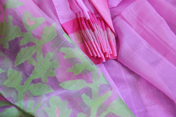 Classic pink matka silk saree with the hue of green. Perfect saree for pujas and in casual gatherings.-leafy pattern