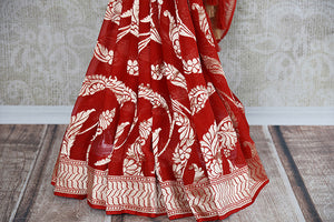 Red and gold georgette banarasi saree with gold jaal all over with beautiful pallu. Perfect for Indian weddings.-pleats