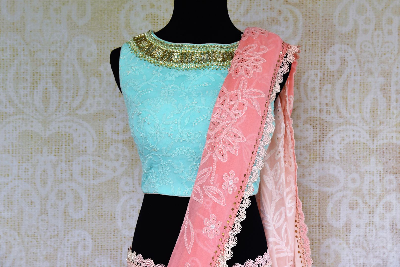 Buy pink embroidered Luchnowi saree online from Pure Elegance with readymade blouse. Our Indian fashion store brings alluring range of Lucknowi saris in USA for women.-pallu