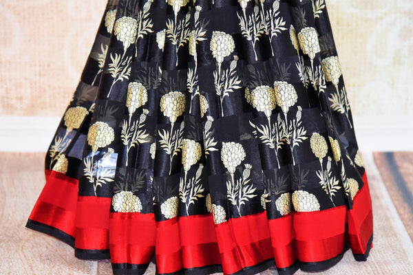 Buy black and white floral printed silk crepe saree online in USA. Pure Elegance fashion store brings you exquisite range of Indian designer sarees for parties.-pleats