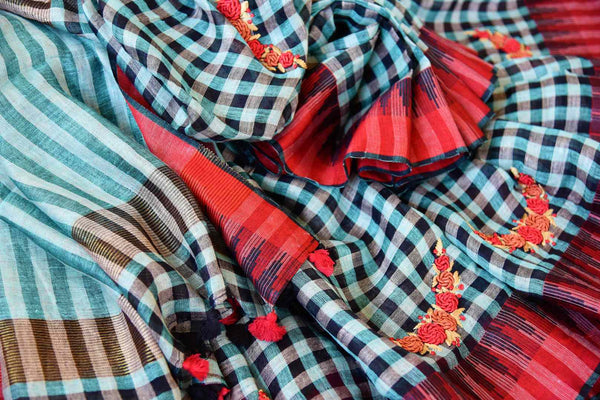 Buy green and black checker embroidered linen saree online in USA. Pure Elegance clothing store brings an exquisite range of Indian woven linen sarees online in USA.-details