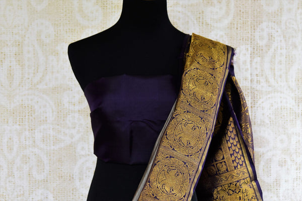 Buy grey kanchipuram silk saree with zari border online in USA. Pure Elegance clothing store brings an exquisite variety of Indian Kanchipuram silk sarees in USA. Shop online.-blouse pallu