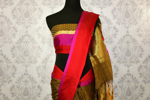 Buy brown Banarasi silk saree online in USA at Pure Elegance. Choose from traditional Indian Banarasi sarees for weddings and festivals from our fashion store in USA.-blouse pallu