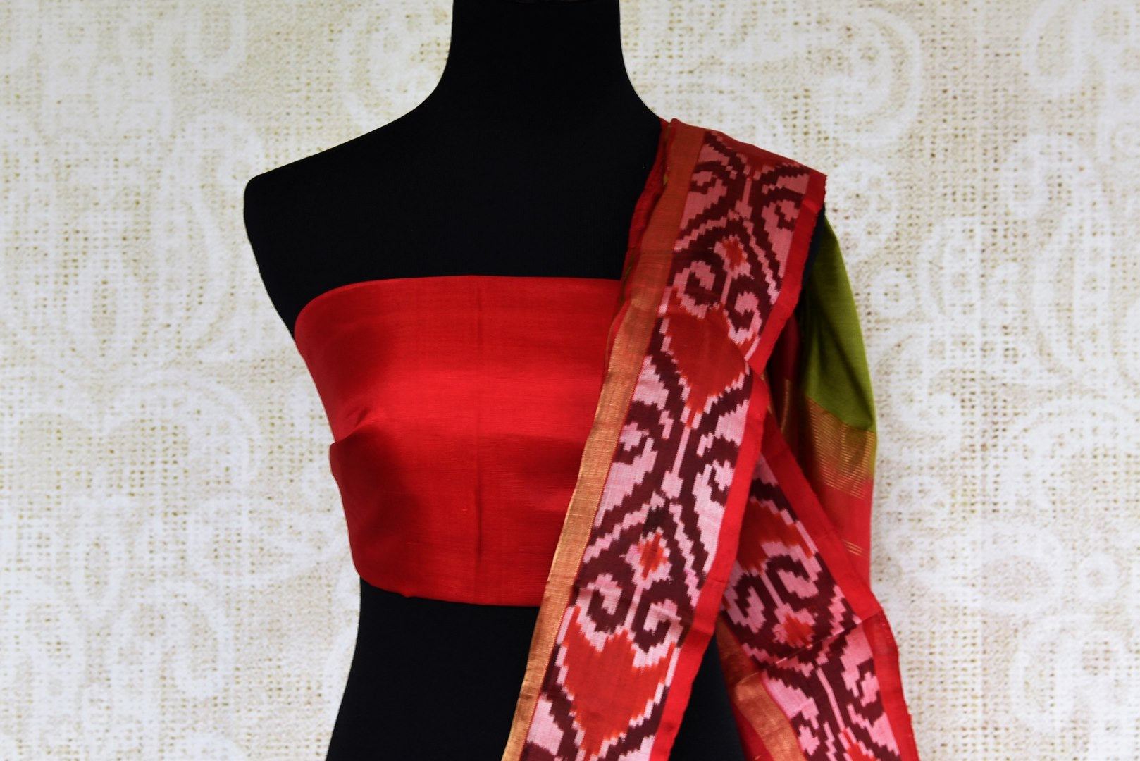 Buy green eri silk saree online in USA with red border. Pure Elegance clothing store brings an exquisite range of Indian silk sarees in USA for women. Shop online.-blouse pallu