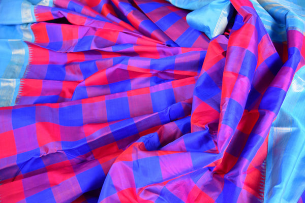 Buy pink and blue checker Kanjeevaram silk saree online in USA. Explore a range of exquisite Indian Kanchipuram silk sarees in USA at Pure Elegance fashion store or shop online. -details