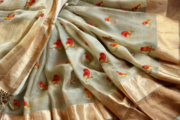 Buy beige embroidered chanderi silk saree online in USA with golden border. Explore a collection of exquisite Indian chanderi sarees in USA at Pure Elegance store or shop online. -details