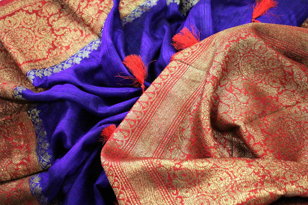 Buy blue Benarasi tussar saree online in USA with red border. Browse through a range of traditional Indian sarees for weddings at Pure Elegance online store. Shop now.-details