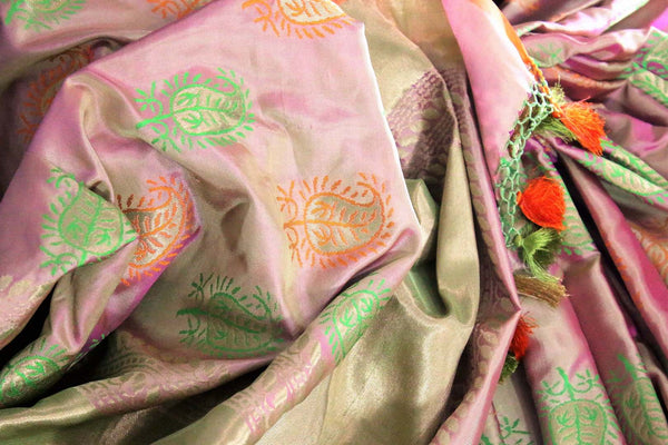 Buy golden pink Banarasi silk saree with buta online in USA. Exclusive collection of Indian designer saris at Pure Elegance Indian clothing store for women. Shop now.-details