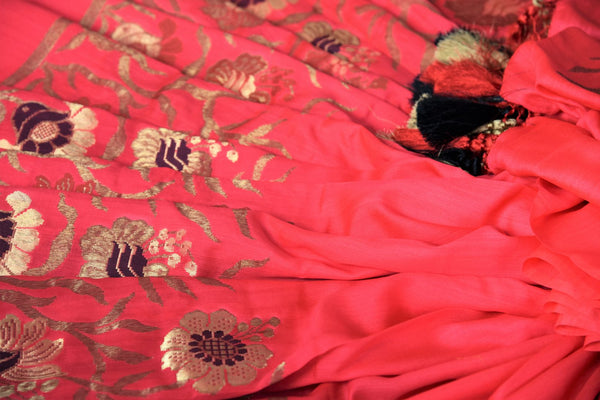 Buy pink muga silk banarasi saree online in USA. Choose from a range of exquisite designer silk sarees at Pure Elegance Indian clothing store in USA. Shop online.-details