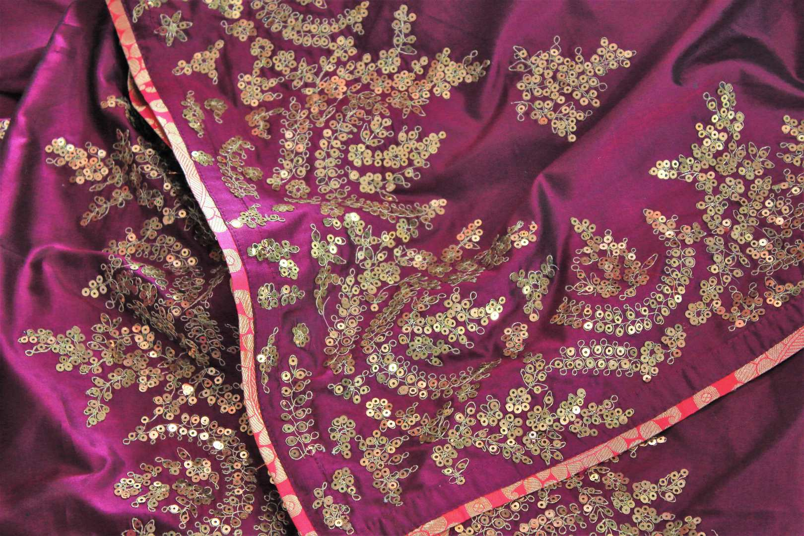 Buy purple silk saree online in USA with ticki work. The saree is an alluring choice for a traditional look at weddings and special occasions. Buy more such Indian designer sarees in USA at Pure Elegance exclusive fashion store or shop online at the comfort of your home.-details