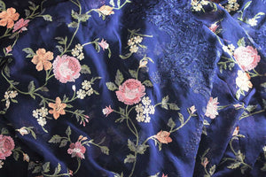 Buy navy blue floral embroidery georgette designer sari online in USA. Dazzle in this gorgeous sari with floral embroidery at parties and special occasions. Make your party look special with beautiful Indian designer saris available at Pure Elegance Indian clothing store in USA or shop online.-details