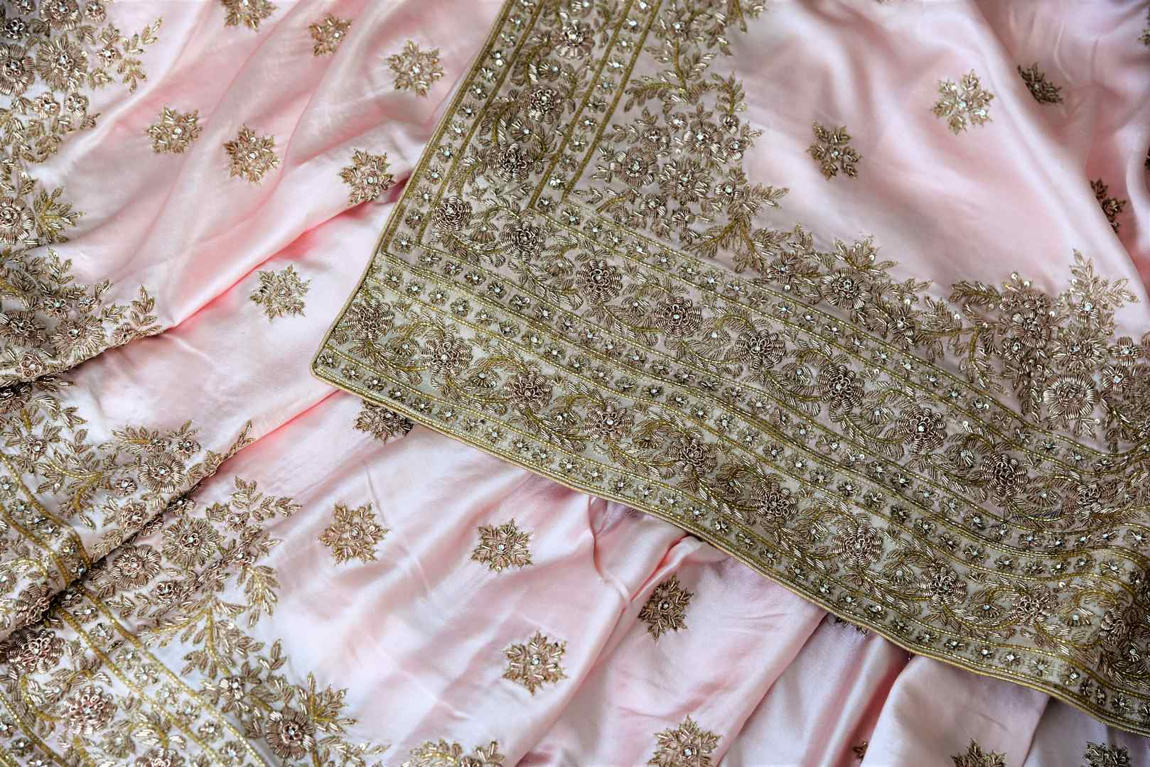 Beautiful peach hand zardozi embroidery crepe saree buy online in USA.  If you are looking for Indian designer wedding saris in USA, then Pure Elegance clothing store is your one-stop solution, shop now.-details