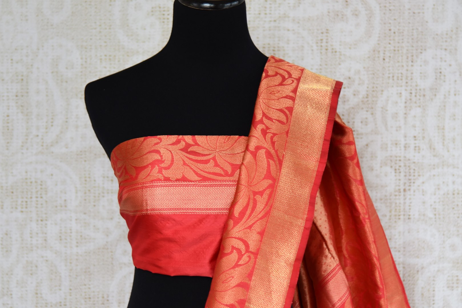 Buy multicolor Banarasi silk saree with zari border online in USA. The saree is a stunning drape for an ethnic Indian look at weddings and special occasions. Find more such exquisite Indian silk sarees, Banarasi sarees in USA at Pure Elegance Indian fashion store. Shop now.-blouse pallu
