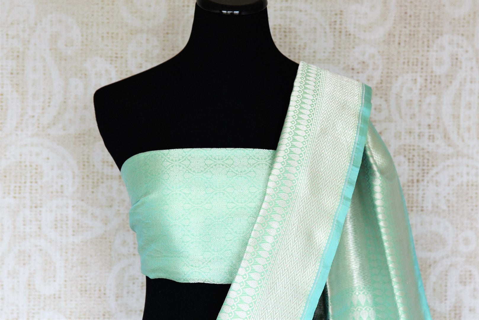 Graceful green banarsi silk saree featuring intricate buta work all over is a perfect way to unleash your bright side at parties, weddings and events. this stunning silk saree with zari work and heavily woven pallu. Shop handcrafted silk sarees, printed saris, embroidered sarees online or visit Pure Elegance, USA-blouse pallu