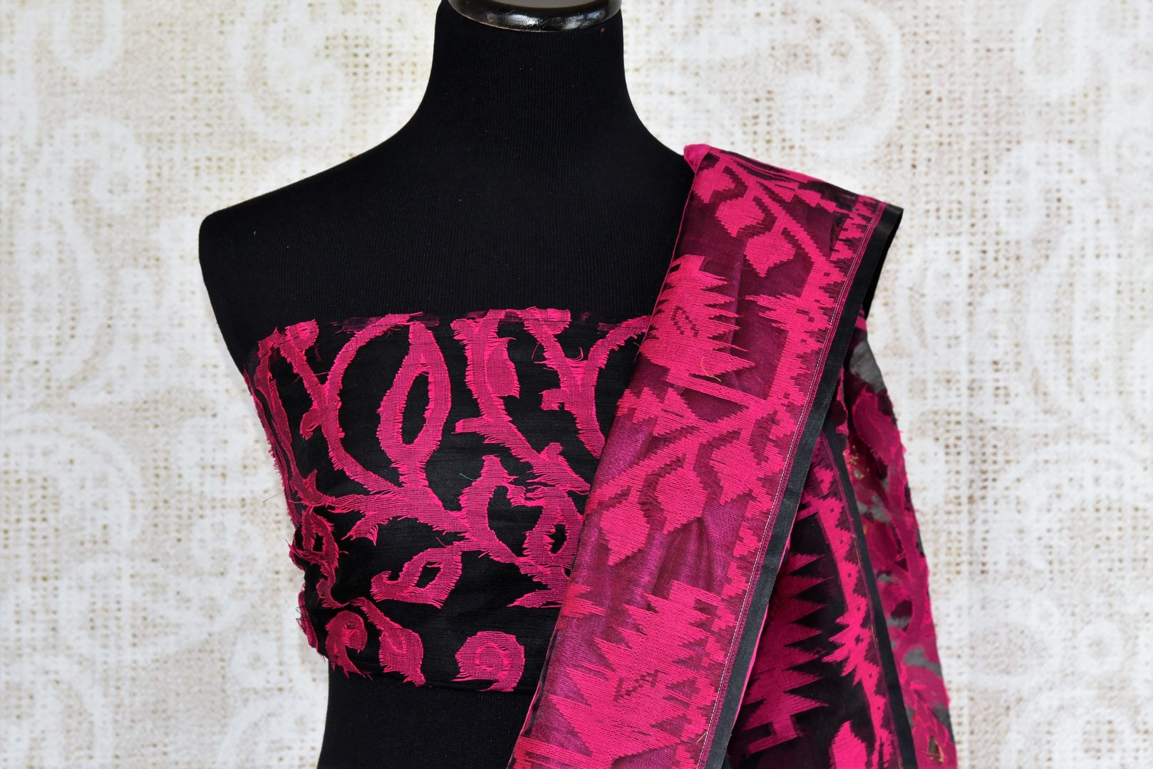 Buy pink raw silk saree with dhakai jamdani weave online in USA. The saree is a perfect drape for a traditional Indian look at special occasions. Spoil yourself with an exquisite collection of Indian handloom sarees in USA available at Pure Elegance Indian clothing store. -blouse pallu