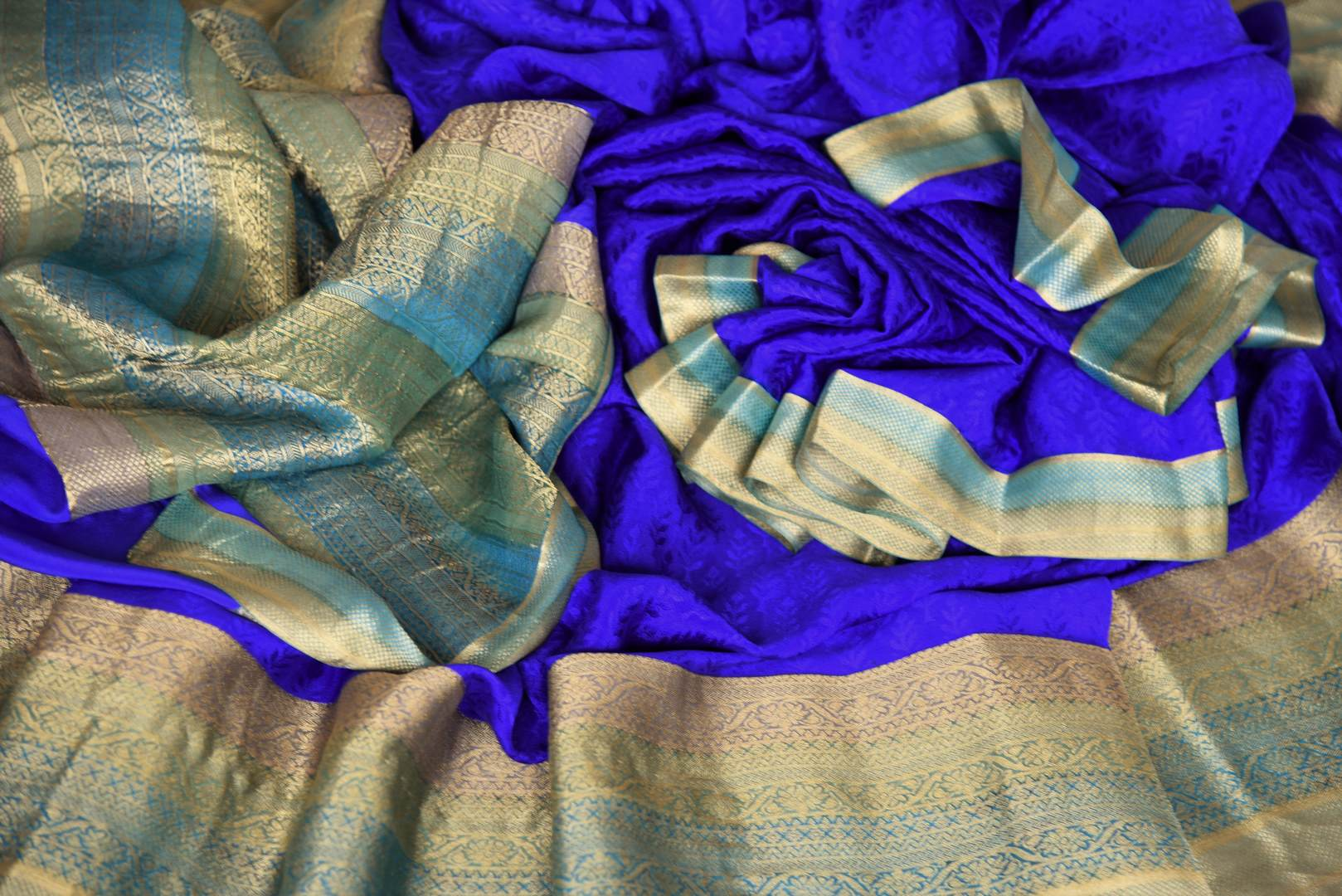 Buy blue crepe silk saree online in USA with zari weave border. Make your ethnic wardrobe rich with Indian designer silk sarees available at Pure Elegance exclusive clothing store in USA or shop online.-details