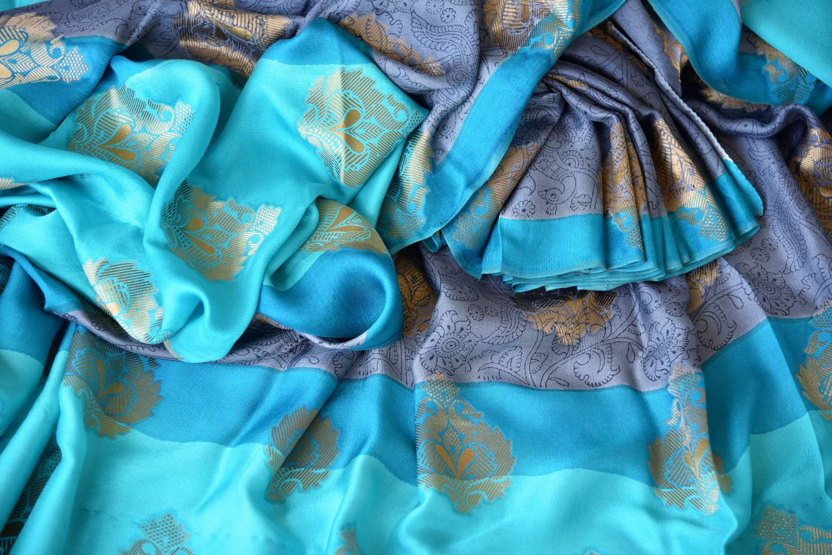 Buy alluring blue silk saree online in USA with zari weave and buta. Make your ethnic wardrobe rich with Indian designer sarees, silk sarees available at Pure Elegance exclusive clothing store in USA or shop online.-details