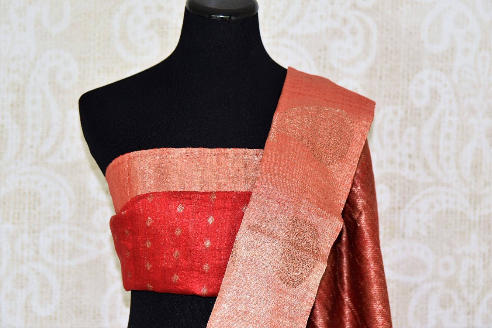 Buy black tussar Benarasi sari online in USA with red zari border and pallu. Make an elegant ethnic fashion statement at parties, weddings and special occasions with a splendid collection of Indian designer sarees, Banarasi saris, handloom saris from Pure Elegance Indian clothing store in USA or shop online.-blouse pallu