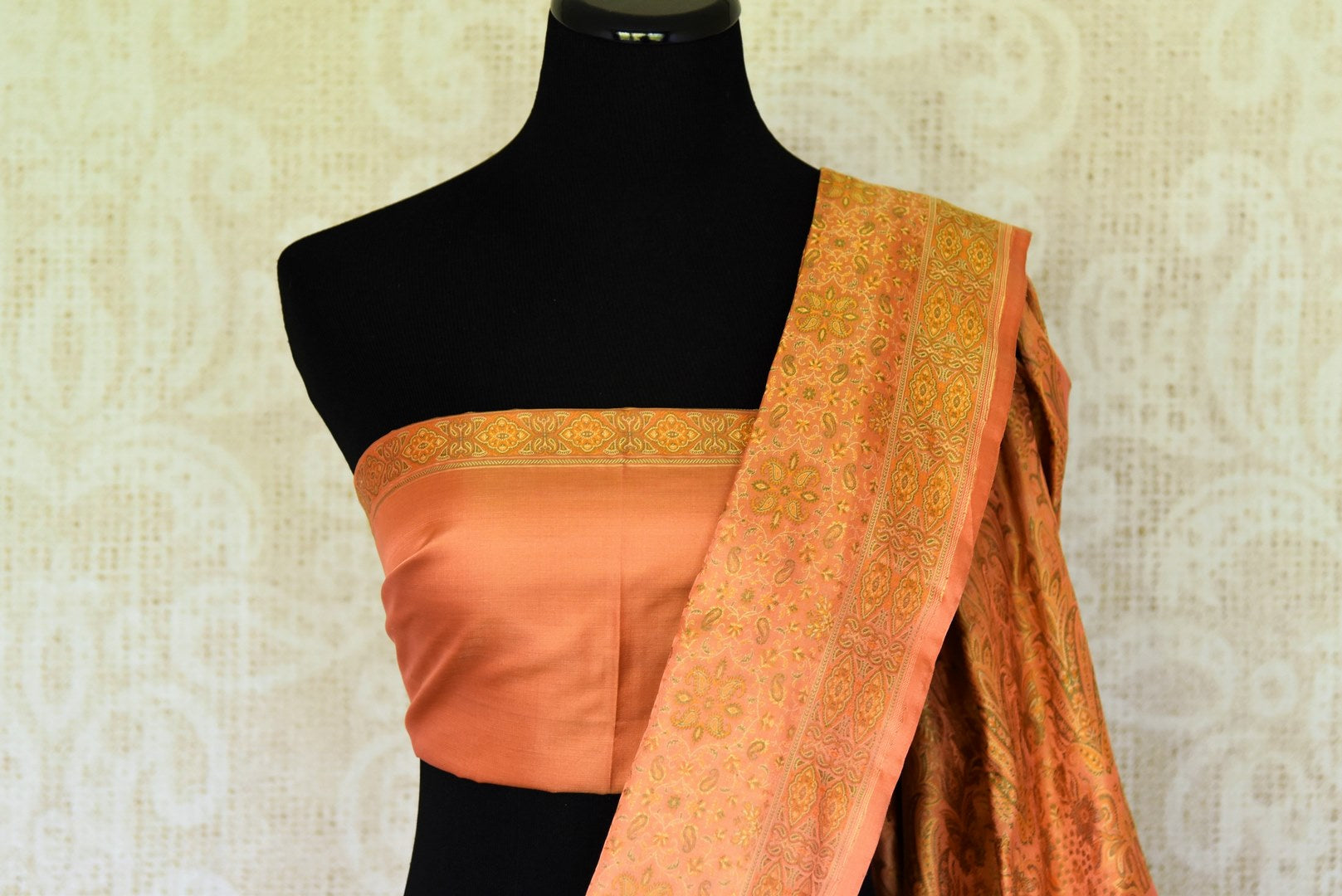 Grace special ocassions in this attractive orange banarsi silk saree with stunning tanchoi print, Style this stunning sari with a gold-orange plain blouse to steal the limelight. Shop georgette sarees, linen sari, chiffon saree online or visit Pure Elegance store, USA.-blouse pallu