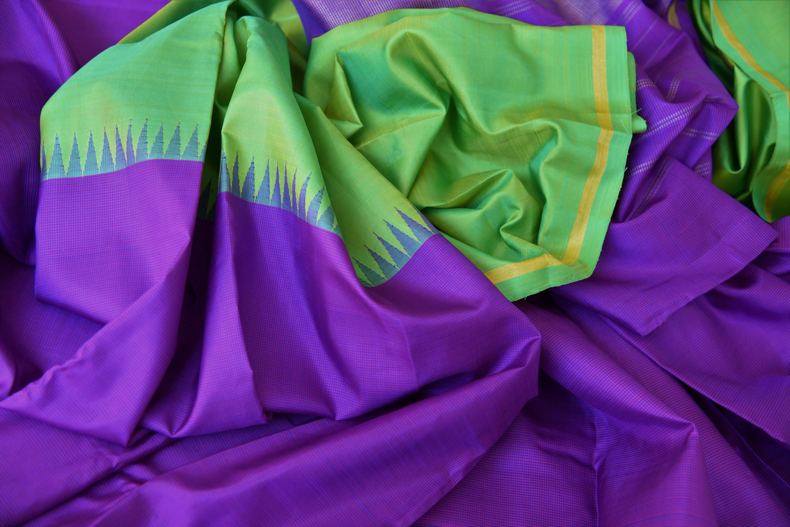 Shop green and purple color Kanchipuram silk saree online in USA. Make your Indian saree look rich with beautiful Indian Kanjeevaram silk sarees from Pure Elegance Indian clothing in USA or shop online.-details