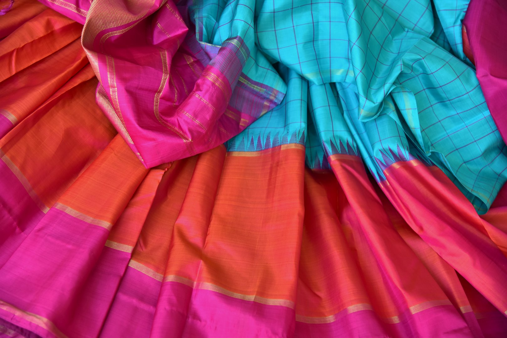 Shop blue,red and pink color Kanchipuram silk sari online in USA. Make your Indian saree look rich with beautiful Indian Kanjeevaram silk sarees from Pure Elegance Indian clothing in USA or shop online.-details
