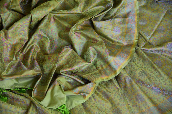 Buy green printed Tanchoi Banarasi silk sari online in USA. For more such gorgeous designer silk saris, shop at Pure Elegance Indian clothing store in USA. A beautiful range of traditional Banarasi sarees, silk saris is available for Indian women living in USA. You can also shop at our online store.-details