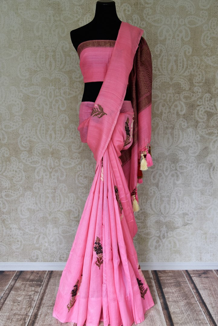 Shop woven pink color muga Banarasi saree online in USA with floral buta from Pure Elegance online store. Visit our exclusive Indian clothing store in USA and get floored by a range of exquisite Indian Kanjivaram saris, Banarasi sarees, silk sarees, Indian jewelry and much more to complete your ethnic look.-full view