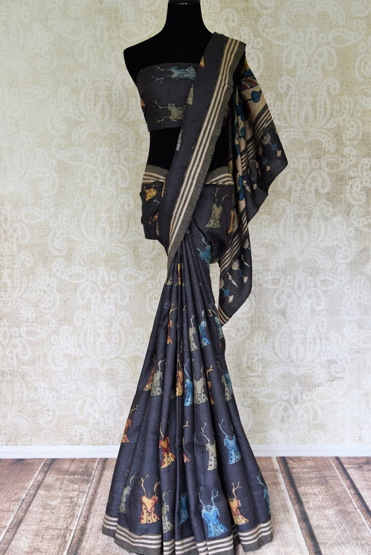 Shop grey hand-printed tussar silk saree online in USA. Elevate your ethnic style with a range of captivating Indian sarees from Pure Elegance Indian clothing store in USA. Add traditional handloom sarees, embroidered sarees, pure silk sarees to your wardrobe for a beautiful look this festive season.-full view