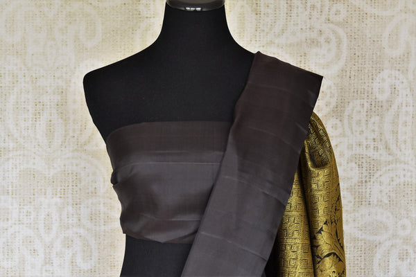 Buy elegant black Kanjivaram silk saree online in USA with golden zari work. Shop more such exquisite Indian saris in USA from Pure Elegance. Get floored by a range of designer sarees, pure silk sarees, Kanchipuram silk saris at our Indian fashion store in USA.-blouse pallu
