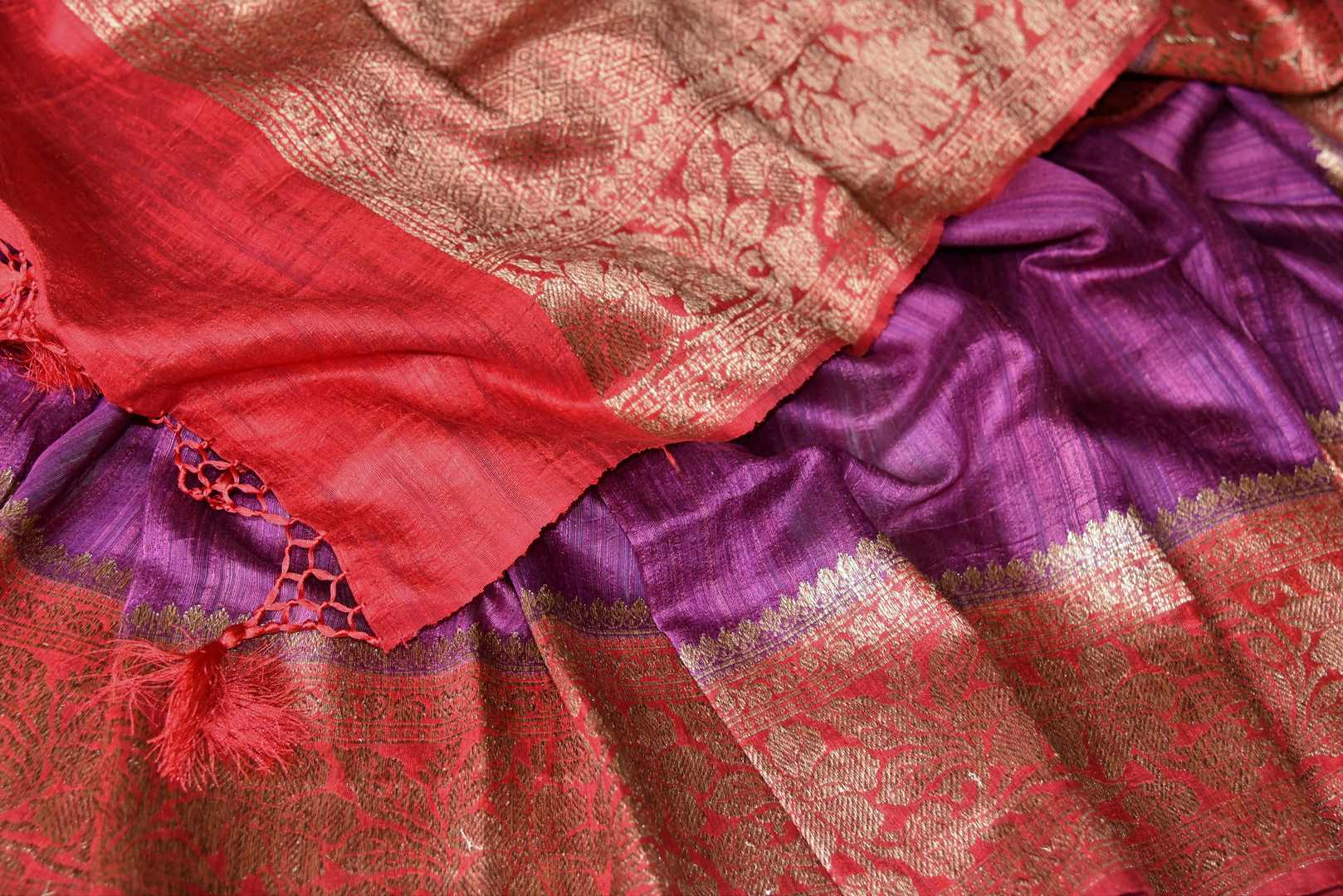 Buy purple tussar Benarasi saree online in USA with red antique zari border. Be an epitome of elegance in exquisite Banarasi saris from Pure Elegance Indian clothing store in USA.-details