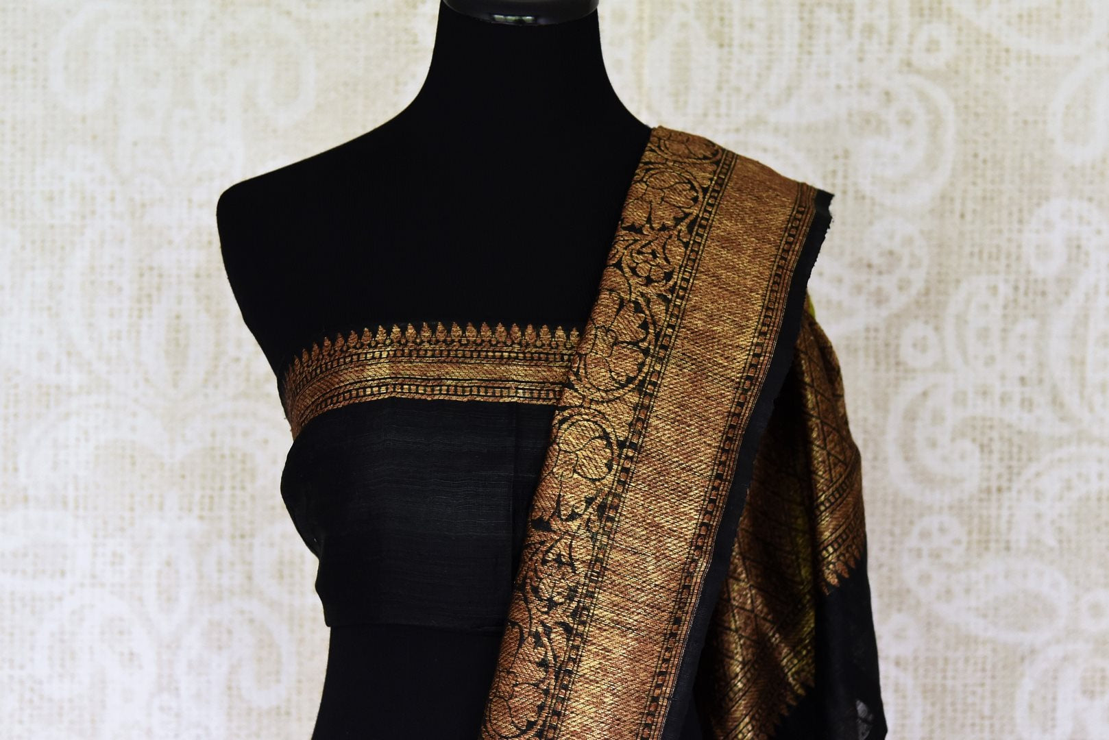 Buy lime green color tussar Benarasi saree online in USA with black zari border. Be an epitome of elegance in exquisite Banarasi saris from Pure Elegance Indian clothing store in USA.-blouse pallu