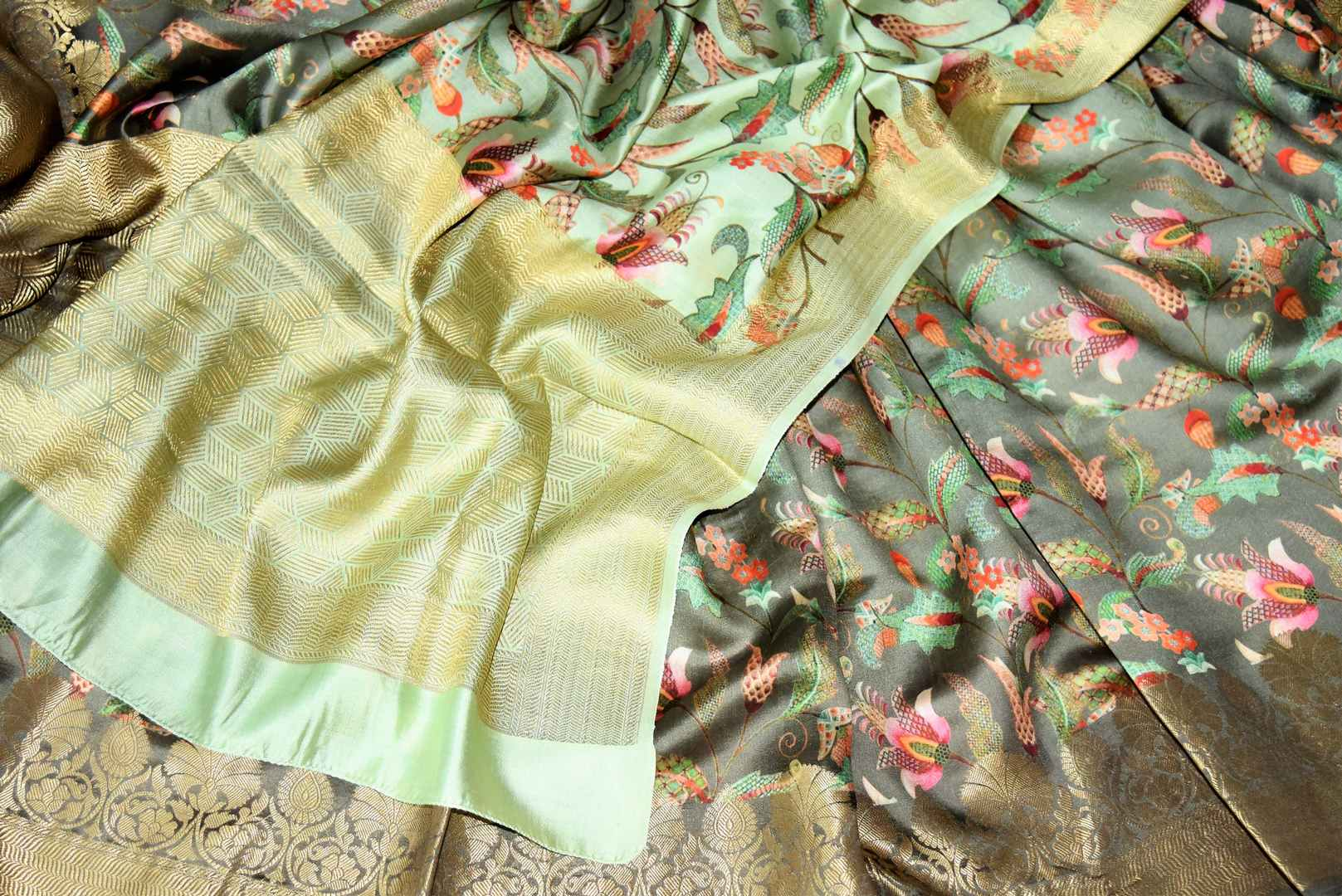 Buy ombre olive green Bangalore silk saree online in USA with golden zari border. Shop such finely handcrafted Indian sarees from Pure Elegance Indian fashion store in USA for weddings and special occasions.-details