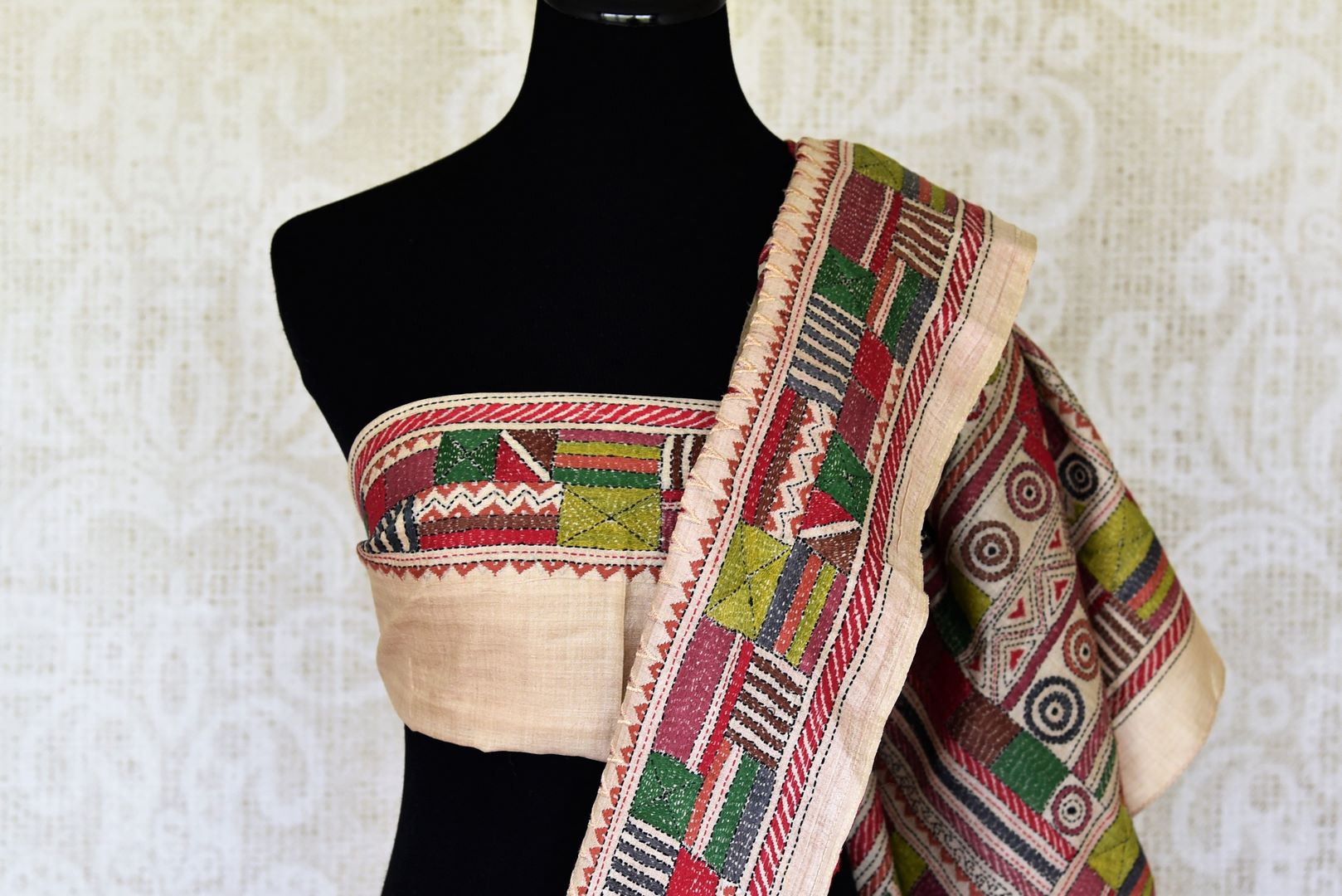Buy beige and red silk saree online in USA with multicolor kantha work border. Make special occasions even more special with your captivating traditional style in Banarasi sarees from Pure Elegance Indian clothing in USA.-blouse pallu