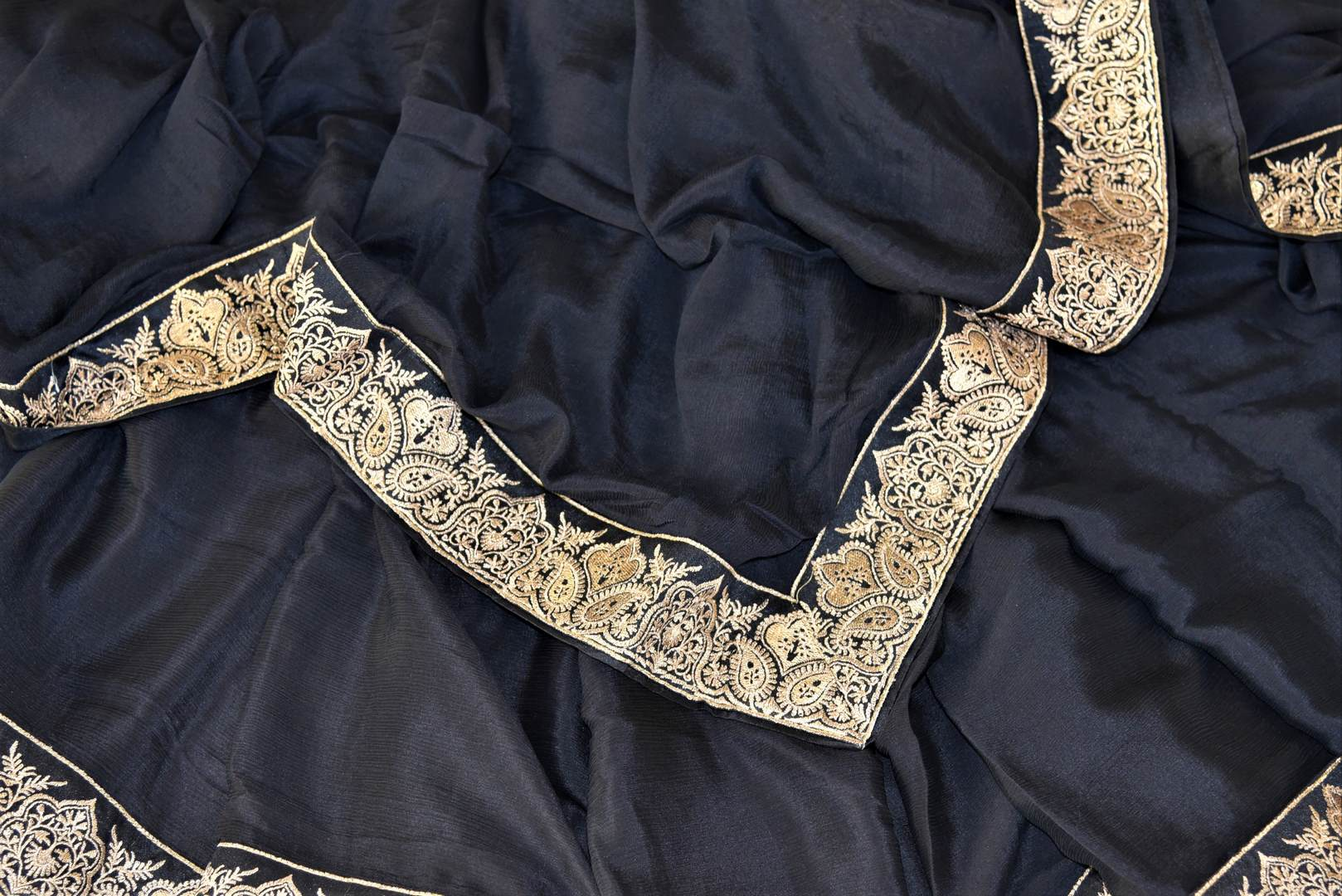 Shop ravishing black chiffon saree online in USA with embroidered border. Shop such gorgeous embroidered sarees, designer sarees in USA from Pure Elegance Indian clothes store in USA for special occasions.-details