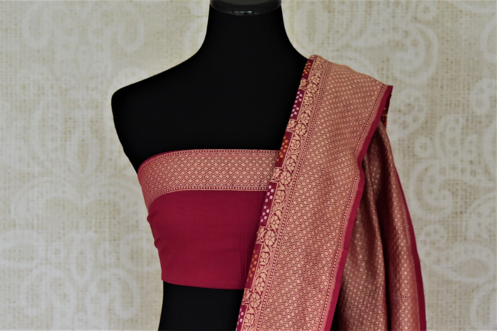 Shop beautiful magenta zari check georgette Banarasi saree online in USA. Go for an extraordinary traditional look with splendid handwoven sarees, embroidered sarees with blouses, Banarasi saris from Pure Elegance from Indian cloth store in USA.  Shop online or visit our store now.-blouse pallu