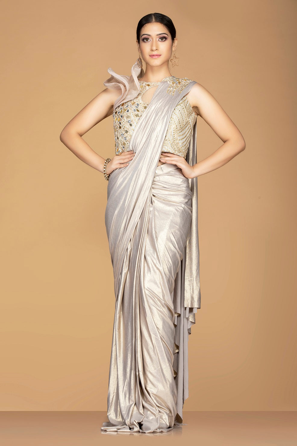 Buy metallic designer saree online in USA with beige embroidered saree blouse. Champion ethnic fashion with a splendid collection of designer sarees, embroidered sarees with blouse, weddings sarees from Pure Elegance Indian fashion store in USA.-full view