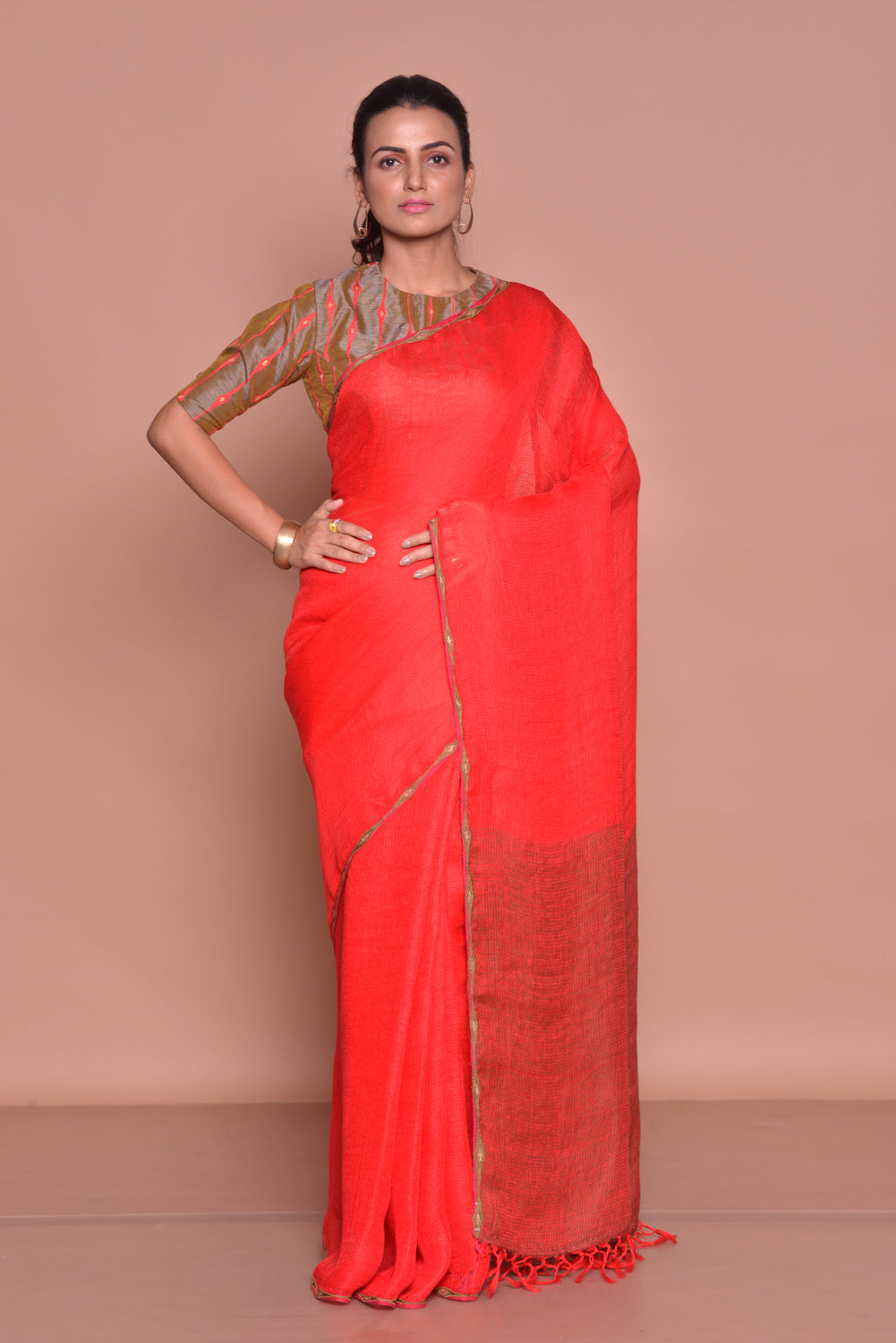 Buy solid red saree online in USA with brown embroidered saree blouse. Be occasion ready with exquisite range of designer sarees with blouse, bridal sarees from Pure Elegance Indian boutique in USA.-full view