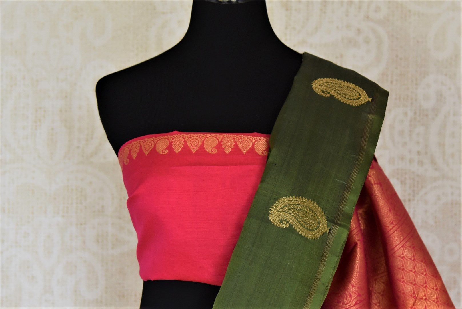Buy bottle green borderless Kanjeevaram sari online in USA with paisley golden zari buta. Give yourself a beautiful traditional makeover this wedding season with exquisite Kanchipuram silk sarees from Pure Elegance Indian fashion boutique in USA.-blouse pallu