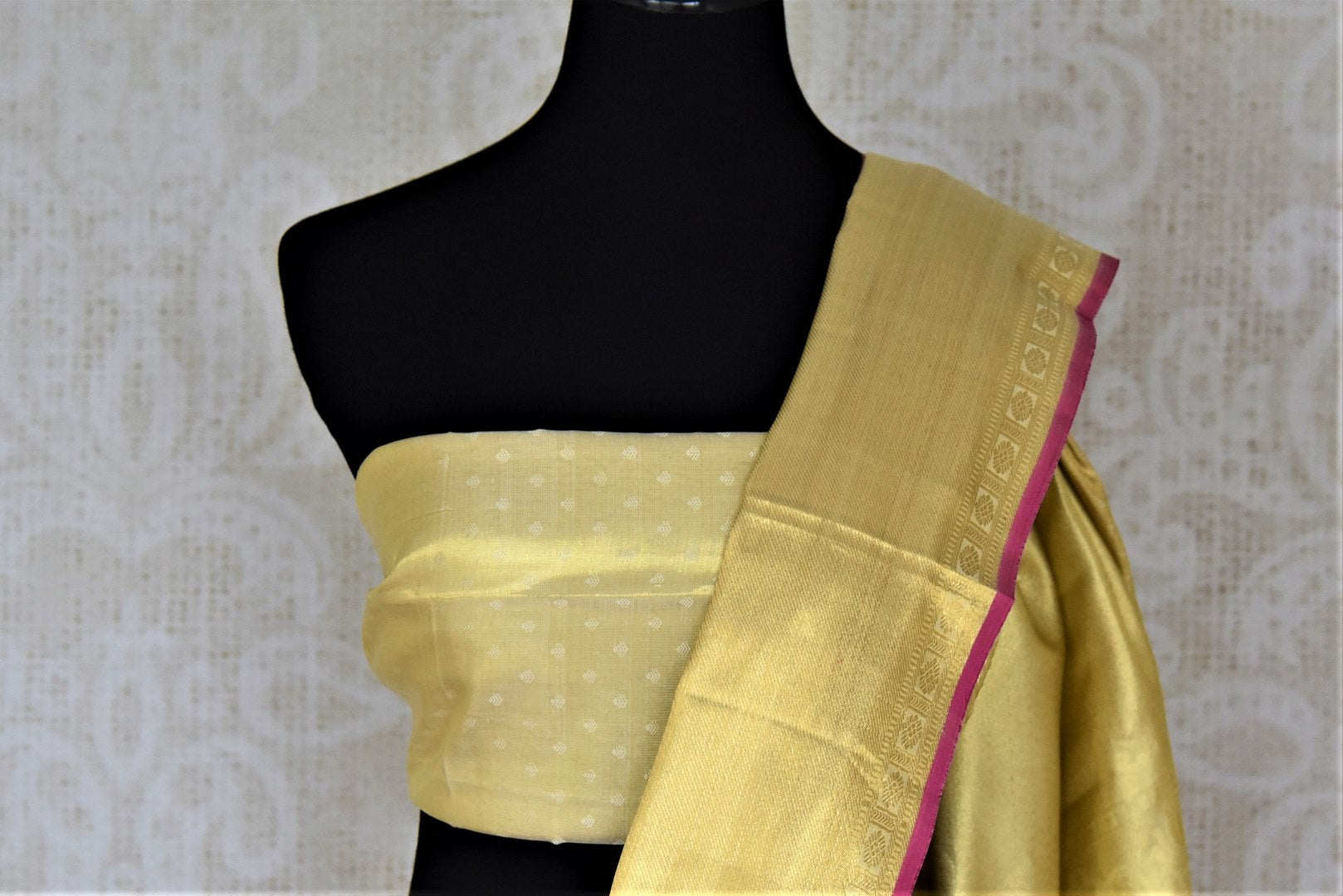 Buy gorgeous golden zari work Kanjivaram saree online in USA with zari border. Look rich and traditional at weddings and festive occasions with exquisite Kanchipuram silk sarees from Pure Elegance Indian fashion store in USA.-blouse pallu