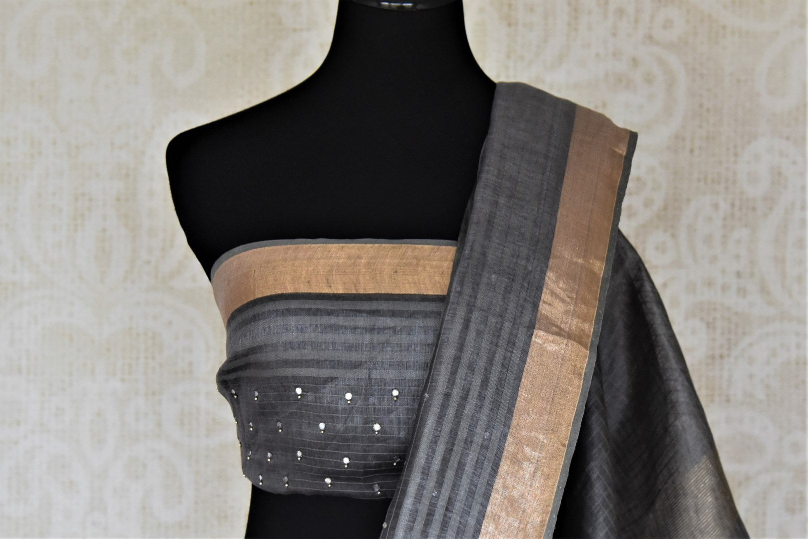 Shop lovely dark grey chanderi silk sari online in USA with mirror work and zari border. Keep it light yet festive on special occasions with beautiful chanderi silk sarees from Pure Elegance Indian fashion store in USA.-blouse pallu