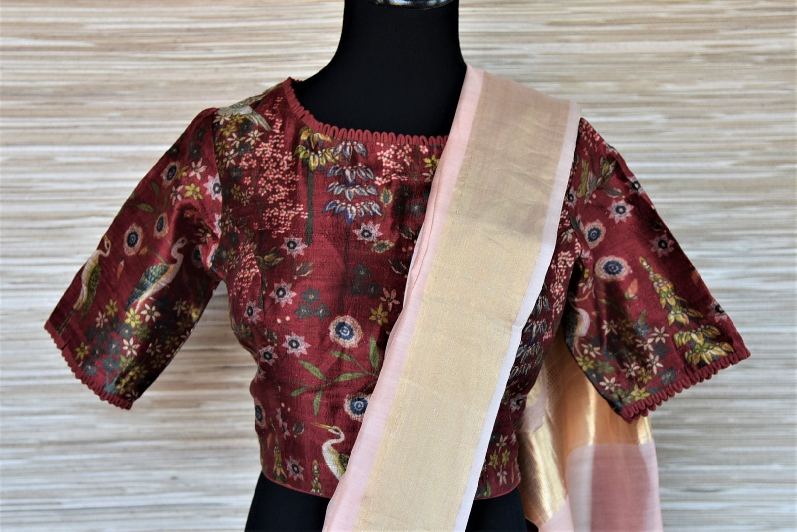Shop attractive powder pink chanderi silk saree online in USA with printed maroon saree blouse. Go for a distinct and tasteful saree style on special occasions with handwoven sarees, chanderi sarees with blouse from Pure Elegance Indian fashion store in USA.-blouse pallu