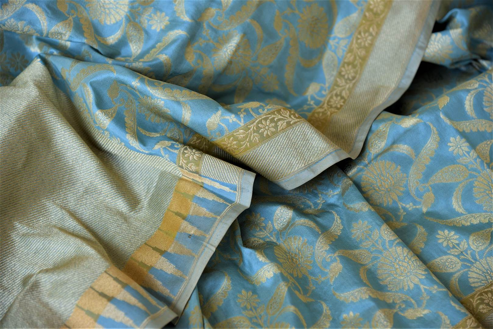 Buy sky blue Banarsi silk saree online in USA with overall zari work. Keep it elegant with zari work sarees, Banarasi silk sarees, handwoven sarees from Pure Elegance Indian fashion boutique in USA. We bring a especially curated collection of ethnic sarees for Indian women in USA under one roof!-details